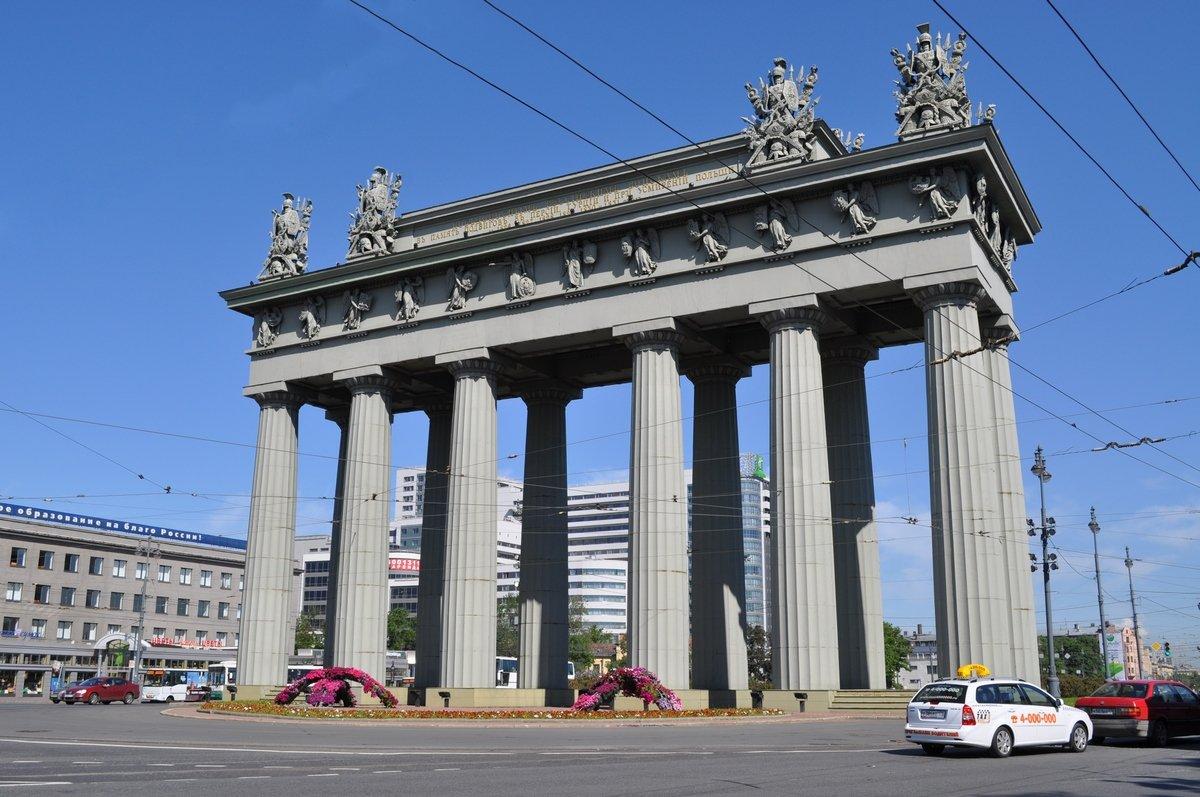 давно московские ворота спб картинки конструкция придаст